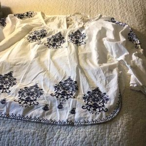 Cupio NWT Cream Blue Embroidered Boho Blouse Large